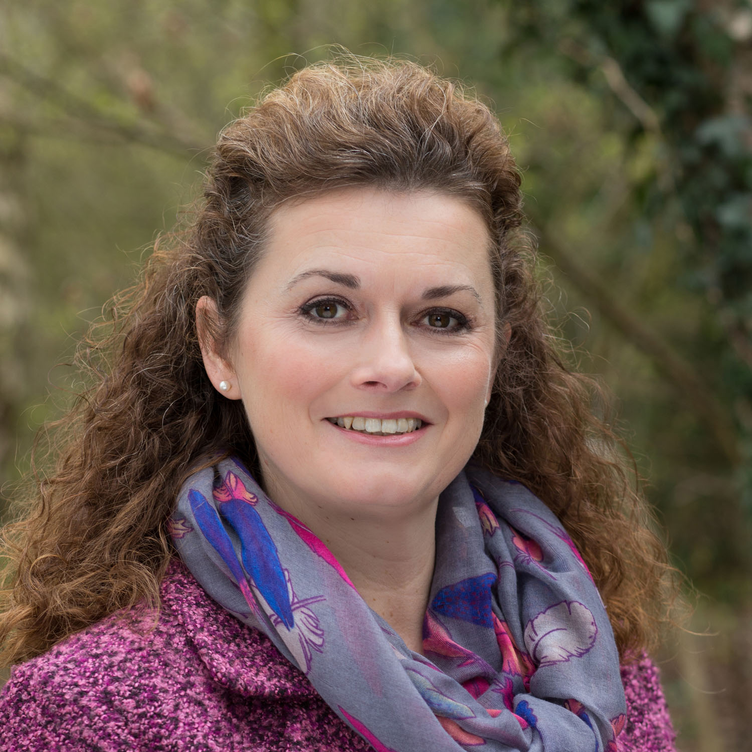 Natural background headshot of well being coach in Lymm, Cheshire